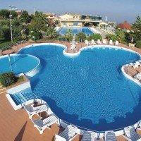 Villaggio Club La Pace panoramica piscina centrale
