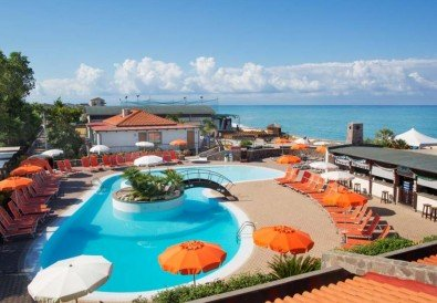 Le Mandrelle Beach Resort