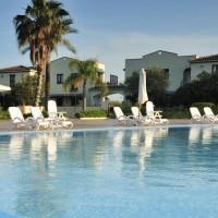 Marina Torre Navarrese Resort piscina