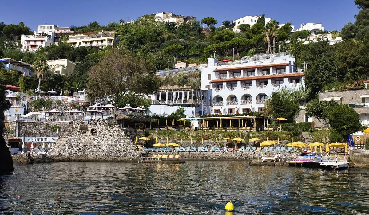 Strand Hotel Terme Delfini