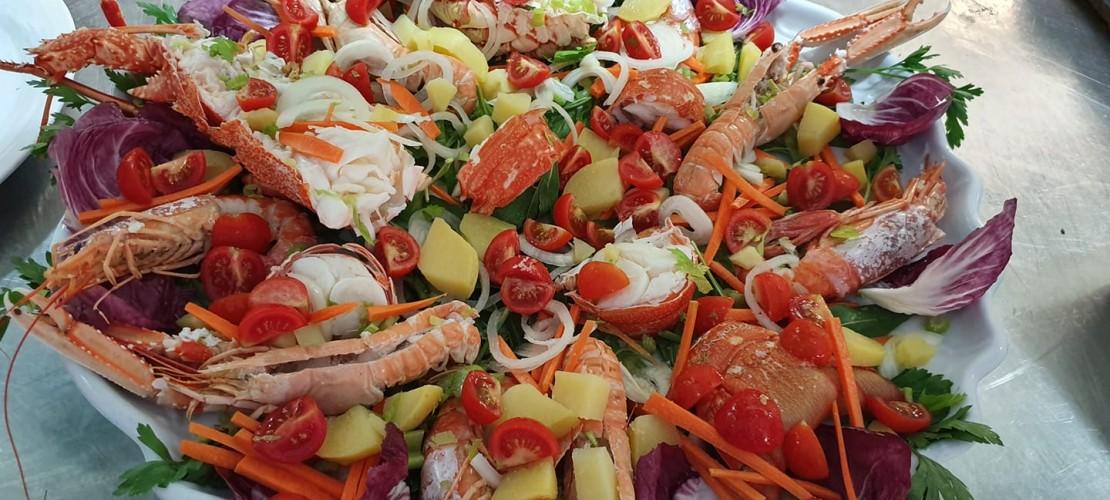 Baia del Clipper Ischia insalata di crostacei e verdure