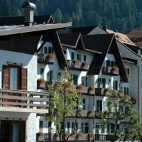 Hotel Majestic Dolomiti esterno camere