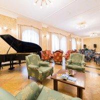 Hotel Majestic Dolomiti salotto