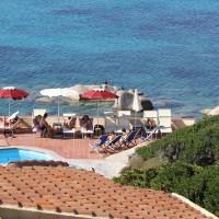 Shardana-Santa-Teresa-di-Gallura-piscina-3