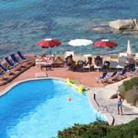 Shardana-Santa-Teresa-di-Gallura-piscina-4