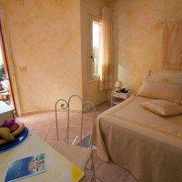 Shardana-Santa-Teresa-di-Gallura-camera-matrimoniale-3