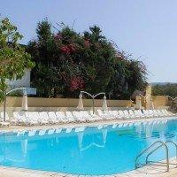 green garden club piscina