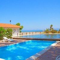 Villaggio Club Simenzaru piscine sul mare