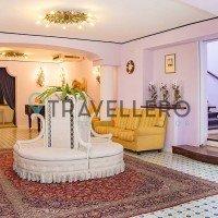 Hotel Gran Paradiso hall 5