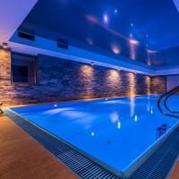 Forever Summer Resort piscina coperta