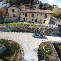 Borgo Donna Teresa struttura