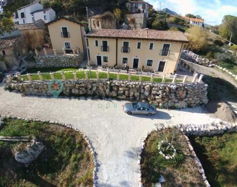 Borgo Donna Teresa - Foto 1