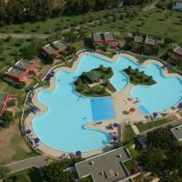 Club Esse piscina laguna con suite laguna due