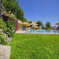 Hotel La Luna bordo piscina