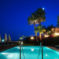 Hotel La Luna dettagli notturni piscina