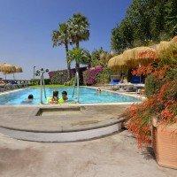 Hotel La Luna piscina