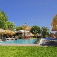 Hotel La Luna bordo piscina-1