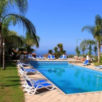 Hotel Arenas piscina
